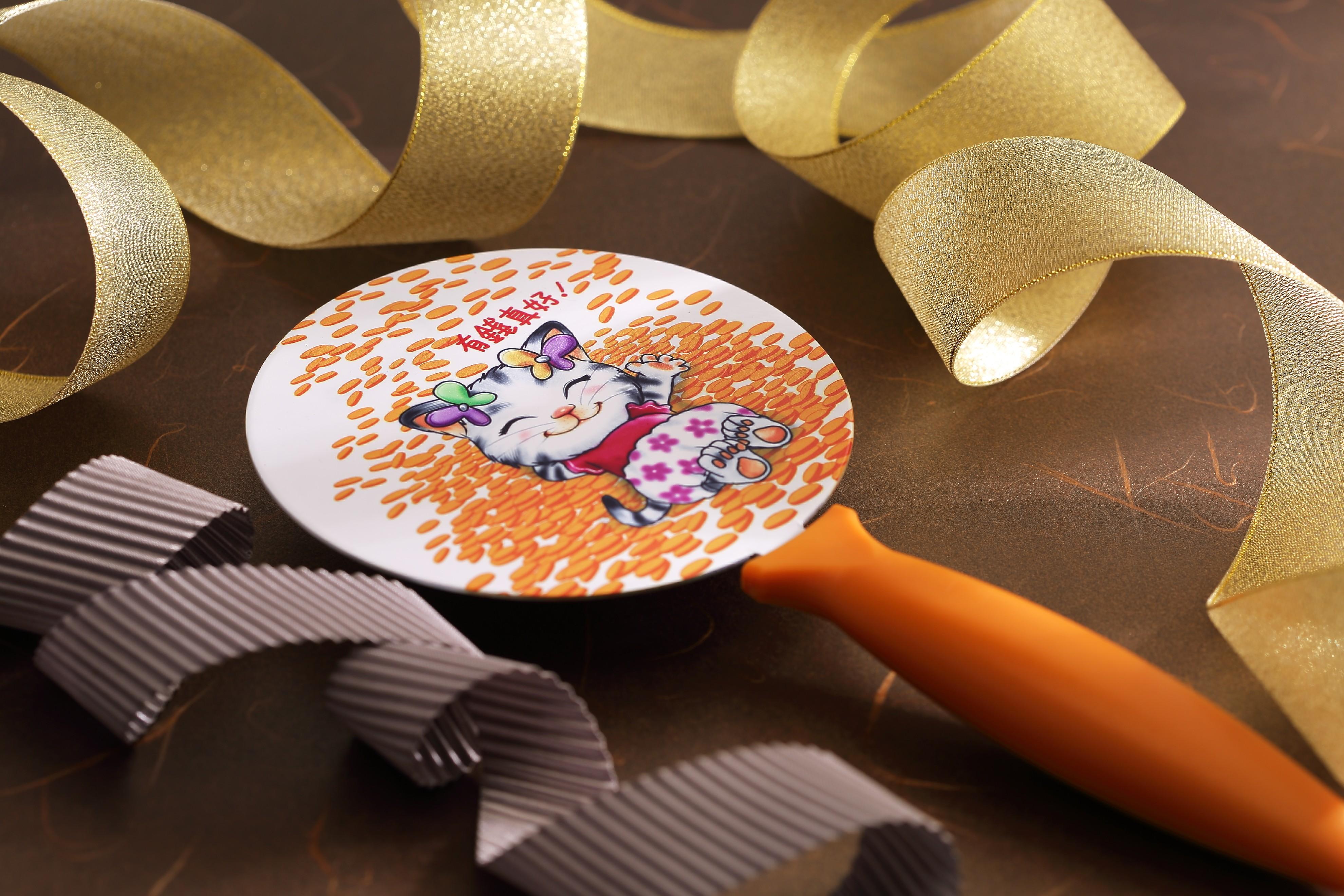 Q樂貓敲樂--(4)有錢真好(含保護套隨機配色)
